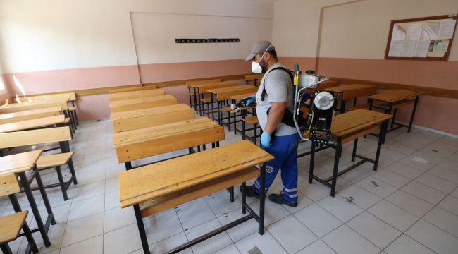 TURGUTLU'DA YKS ÖNCESİ SINAV YERLERİ DEZENFEKTE EDİLDİ