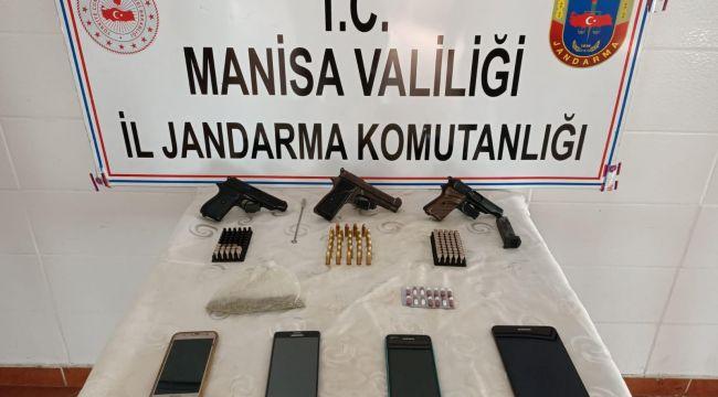 JANDARMA'DAN OPERASYON 2 KİŞİ GÖZALTINA ALINDI