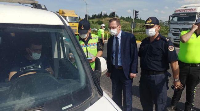 KAYMAKAM YILMAZ POLİS KONTROL NOKTASINI ZİYARET ETTİ