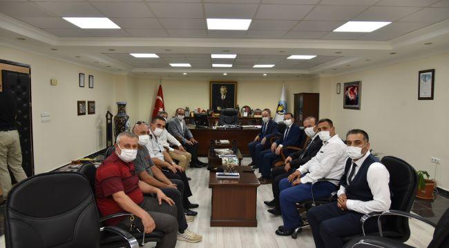 VALİ KARADENİZ, TURGUTLU'DA İNCELEMELERDE BULUNDU