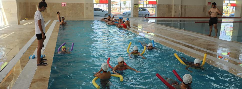 Turgutlu'da çocuklarda Ailelerde Mutlu