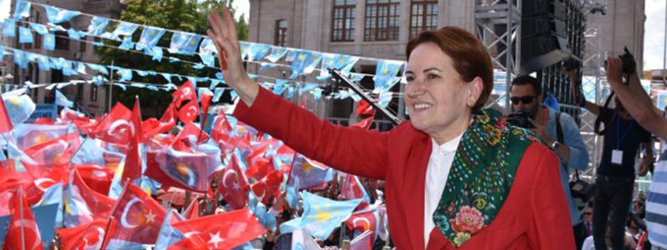 Meral Akşener Turgutlu'da